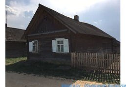 Дом в деревне Кухтичи