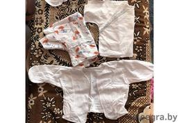Кофточки и распашонки для малышей от 0 до 3 месяцев