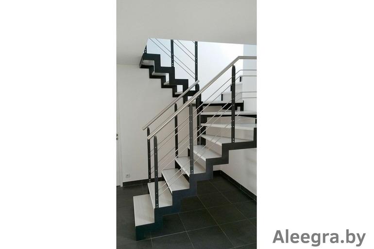 Изготовление лестниц и ограждений на металлокаркасе