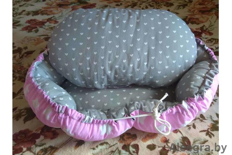 Лежак для собак и котов. Лежак для питомцев. Спальное место для питомцев: собак, котов, животных