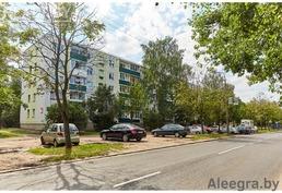"""Продаётся 4-комнатная квартира по ул.Седых 46 по цене двушки!в 15 минутах от метро """"Восток""""!"""