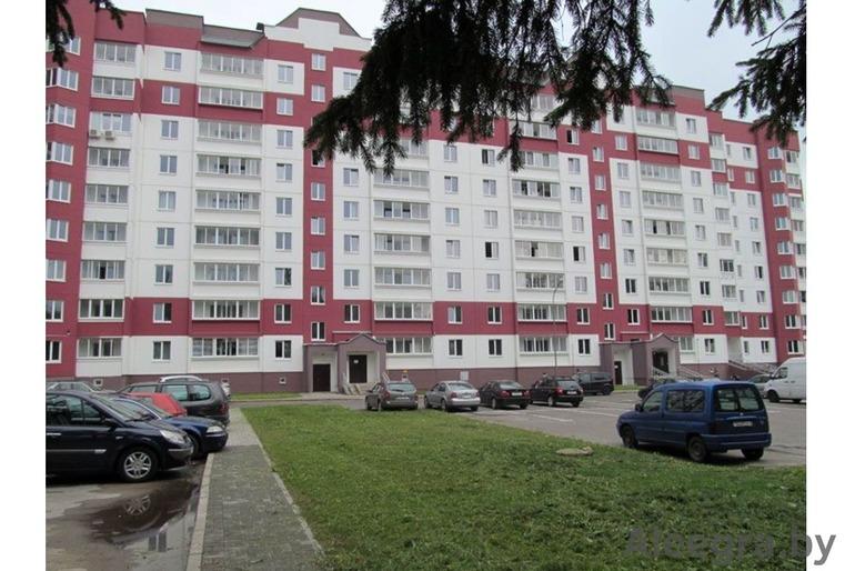 Сдам 2-комн. квартиру 2013г.п. 250у.е.+коммунал. в Сенице (пос. Юбилейный, ул. Тополиная, 2).